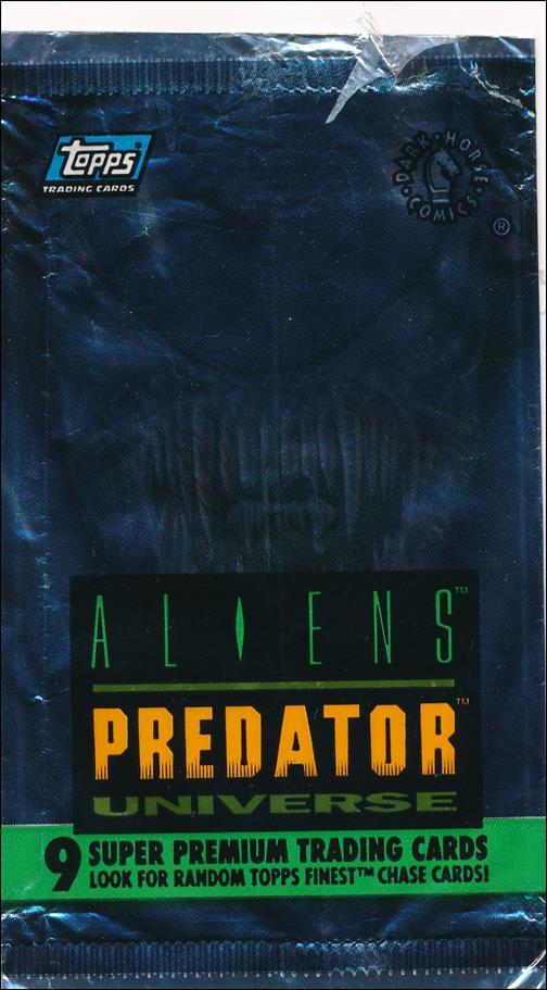 Aliens/Predator Universe 2-A by Topps