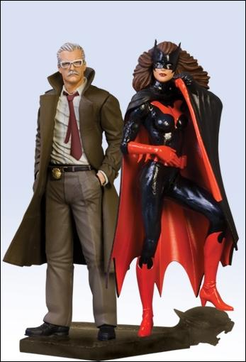 Batman Family Multi-Part Statue Batwoman and Commissioner Gordon by DC Direct