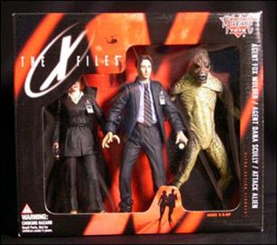 X Files Ultra Action Figures 3 Pack Fox Mulder Dana