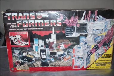 Transformers: More Than Meets the Eye (Generation 1) Metroplex (Autobot City) by Hasbro