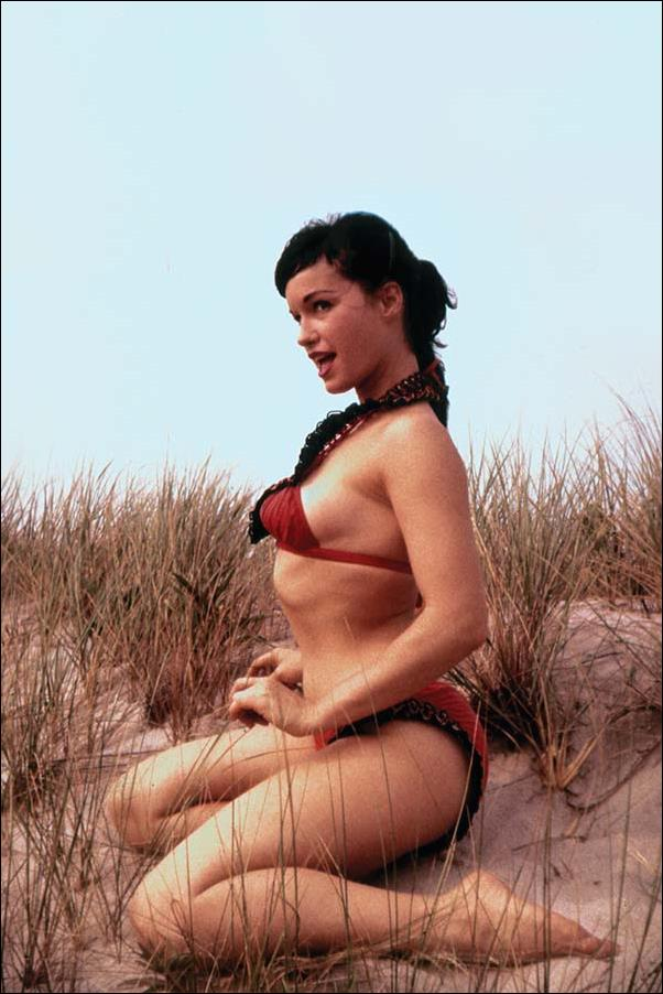 Bettie Page (2018) 3-F by Dynamite Entertainment
