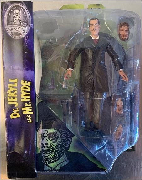 Universal Monsters Dr. Jekyl & Mr. Hyde by Diamond Select