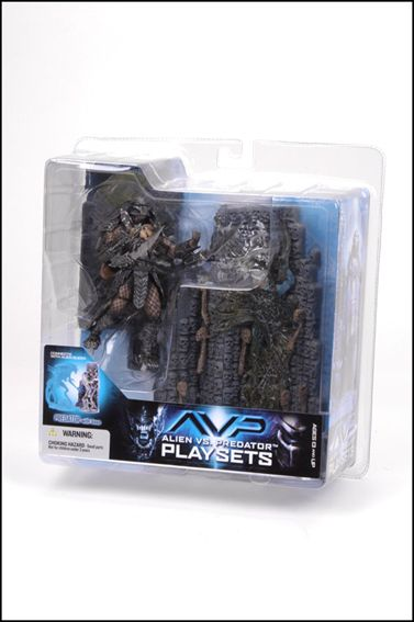 Alien vs Predator (Series 2) Predator (With Base) by McFarlane Toys