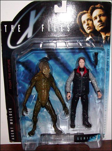 X-Files Agent Mulder with Docile Alien by McFarlane Toys