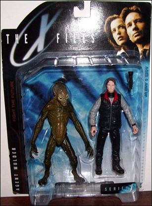X Files Agent Mulder With Docile Alien May 1998 Action