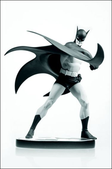 Batman: Black and White  Batman (Designed by Steve Rude) 1/3300 by DC Direct