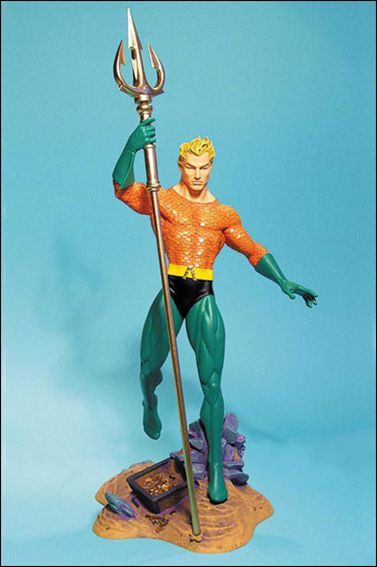 Classic Aquaman Statue 1/1200 by DC Direct