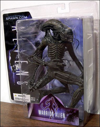 Alien and Predator Warrior Alien by McFarlane Toys