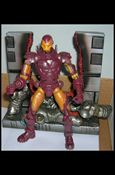 Marvel Legends (Series 8) Modern Armor Iron Man (Red Torso)